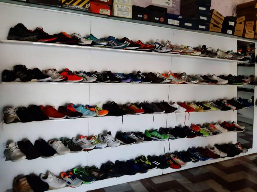 بزرگ ارزانسرای کفش دینا