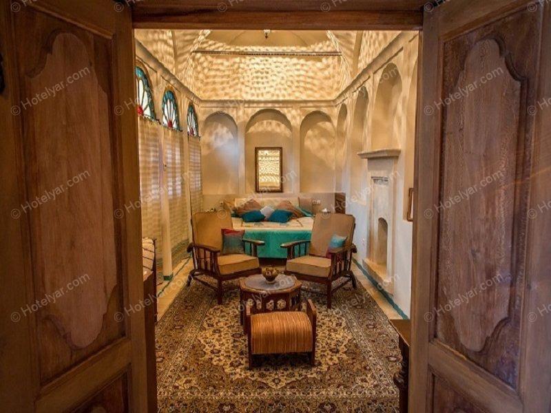 اقامتگاه سنتی خانه عامری