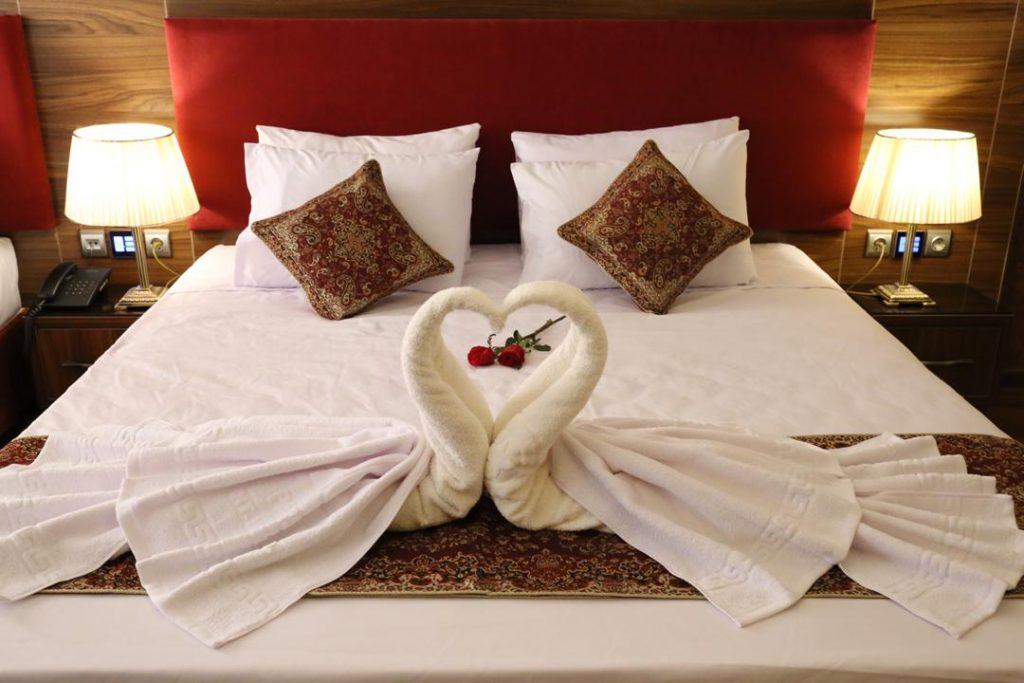 هتل پارسيان یزد